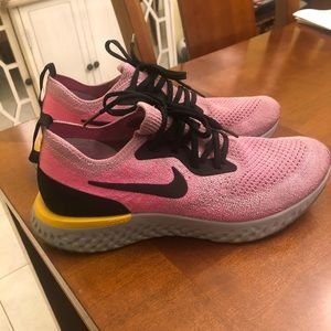 Nike Epic React Womens 8.5